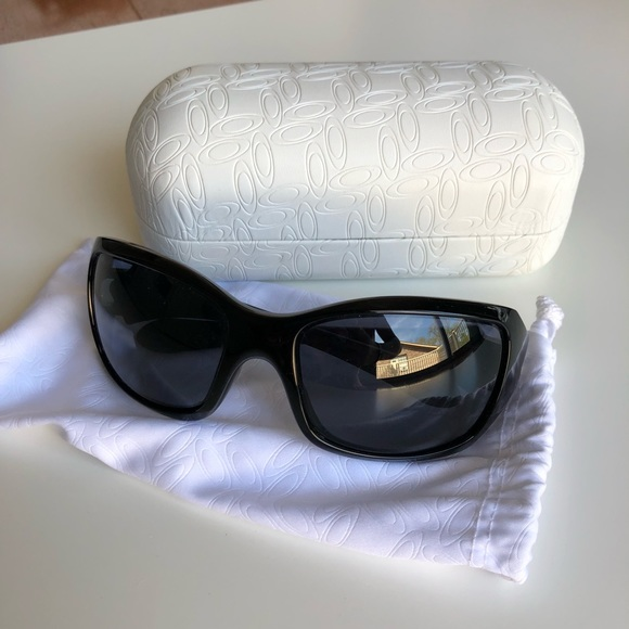 4f471df294b27 Oakley ravishing sunglasses women s. M 5ac2eca3a6e3ea3bb1a07756